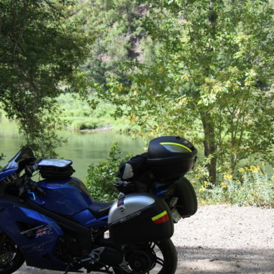 The bike cooling down @ the Black canyon.